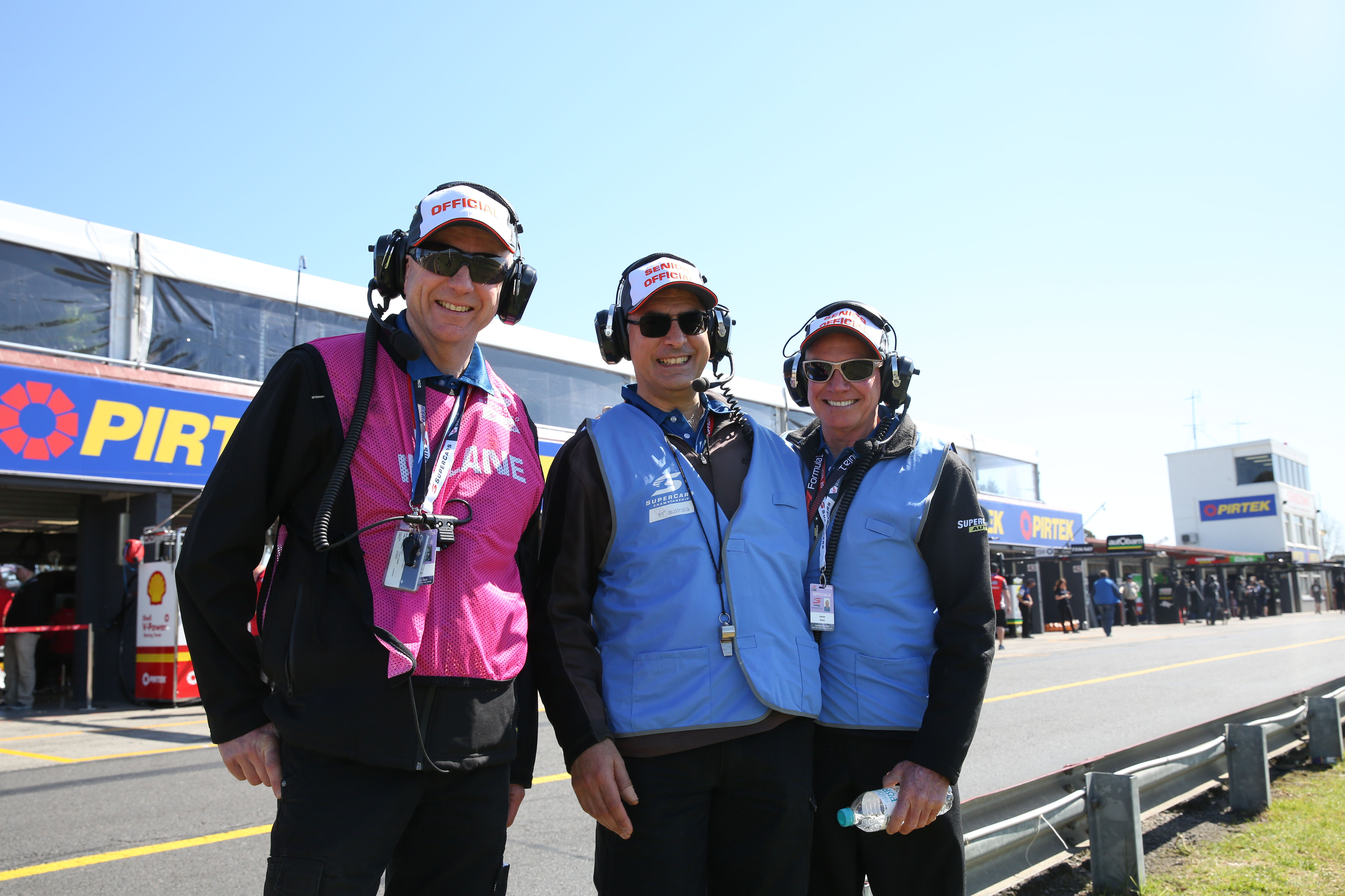 Officials_Sandown-500_Pit_Revved-Photography